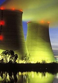 Anh cho Trung Quốc đầu tư vào điện hạt nhân