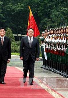 Tổng thống Mông Cổ kết thúc tốt đẹp chuyến thăm Việt Nam