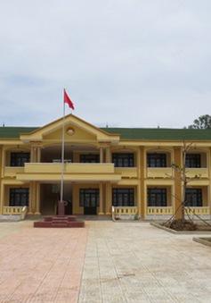 Quảng Trị: Cho con nghỉ học vì không muốn chuyển trường