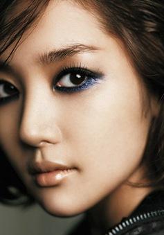Kiểu make up che nhược điểm cho đôi mắt