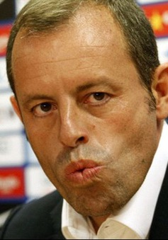 """Barca """"chọc ngoáy"""" Real vụ Gareth Bale"""