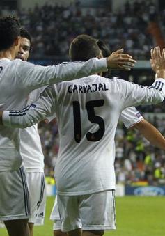"""Real Madrid 4-0 Copnehagen: """"Kền kền"""" tung cánh"""