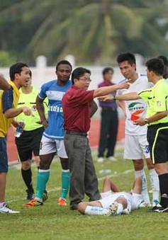 V-League 2013: 'Nín thở qua đò'