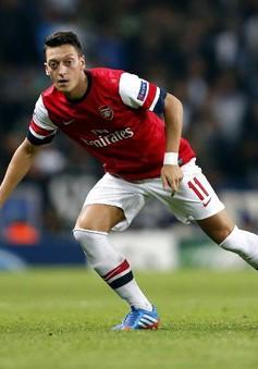 Arsenal: Cuối tuần này, Ozil trở lại