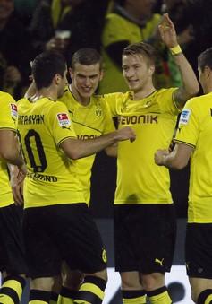 VIDEO: Màn huỷ diệt của Dortmund trước Stuttgart