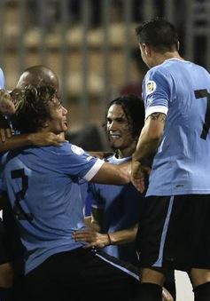 VIDEO: Uruguay đại thắng trên đất châu Á để đặt một chân đến Brazil