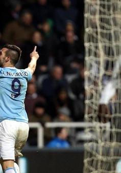 Newcastle 0-2 Manchester City: Đoạt ngôi đầu của Chelsea (VIDEO)