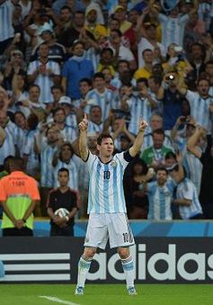 Chùm ảnh: Messi ghi bàn, Argentina thắng nhọc nhằn