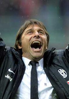 Chuyển nhượng sáng 24/7: Conte thay thế Blanc tại PSG
