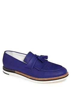 Mặc gì với giày Oxford?