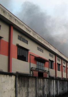 KCN Sóng Thần cháy lớn, hàng trăm công nhân thoát nạn