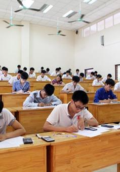 Ngày đầu thi cao đẳng: 16 thí sinh bị xử lý kỷ luật