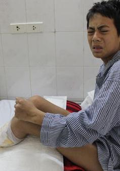 Bỏng điện cao thế, cậu bé 15 tuổi mất một cánh tay và hai cẳng chân