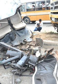 3 ô tô đâm nhau liên hoàn, 14 người bị thương nặng