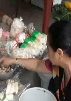 """Tràn lan nấm sử dụng hóa chất không rõ nguồn gốc """"tung hoành"""" trên thị trường"""