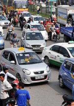 Hà Nội thống nhất phương án taxi có phù hiệu mới