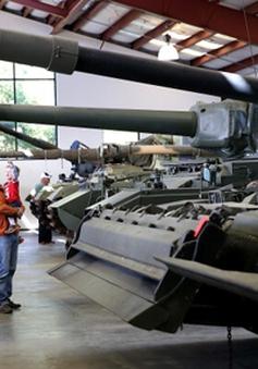 Mỹ: Bán đấu giá hơn 80 chiếc xe tăng