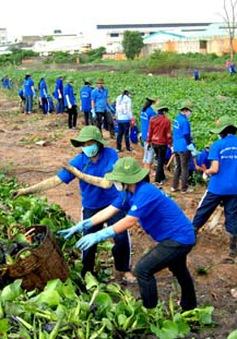 Thanh niên tình nguyện chung tay xây dựng nông thôn mới