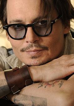 Vì sao Johnny Depp cuốn hút phái yếu?