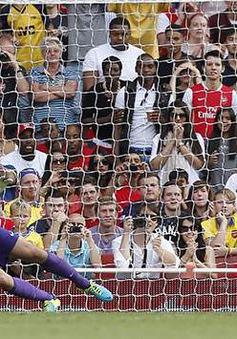 Drogba đưa Galatasaray lên ngôi tại Emirates Cup