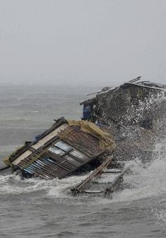 """""""Khi siêu bão Haiyan tới, ngày bỗng trở thành đêm"""""""