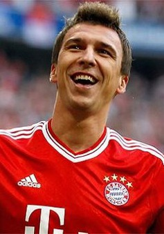 Arsenal và Man Utd tranh giành tiền đạo ngôi sao của Bayern