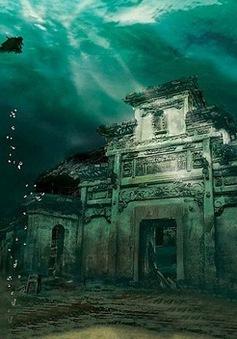Lặn sâu 40m khám phá thủy cung dưới lòng hồ ở Trung Quốc