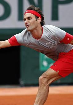Roland Garros: Tsonga chật vật nối gót Federer vào vòng 2