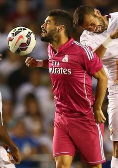 Keita lí giải việc không bắt tay, ném chai nước về phía Pepe
