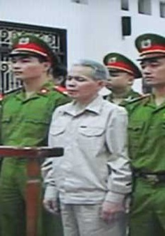 Ông Đoàn Văn Vươn bị tuyên án 5 năm tù