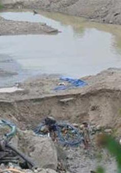 Quảng Nam: Ba phu đào vàng chết ngạt trong hầm