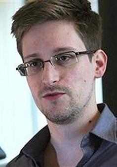 Mỹ hối thúc Nga giao nộp Snowden