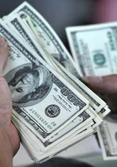 Giá USD bán ra xuống sâu dưới mức trần