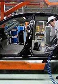 Xuất hiện dòng ô tô chiến lược giá 300 triệu vào 1/1/2014?