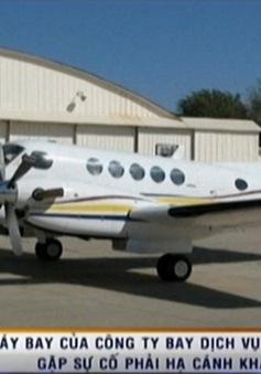 Máy bay của Vasco hạ cánh khẩn cấp khi không có bánh xe