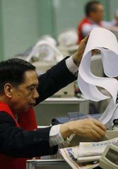 Chứng khoán châu Á giảm, USD tăng