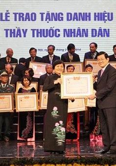 Chủ tịch nước dự Lễ kỷ niệm 59 năm ngày Thầy thuốc Việt Nam