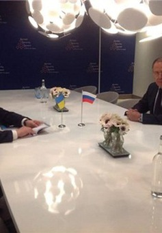 Ngoại trưởng Nga - Ukraine gặp nhau lần đầu tiên