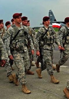 Nhóm binh sĩ Mỹ đầu tiên đã tới Ba Lan