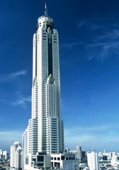 5 khách sạn chạm đến... mây của thế giới
