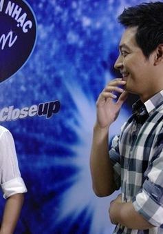 """Vietnam Idol 2013: Mỹ Tâm nhận lời tỏ tình từ thí sinh """"tăng động"""""""