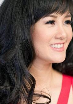 """""""Cô Bống"""" Hồng Nhung gặp gỡ khán giả Văn hóa sự kiện & nhân vật (9h00, 16/8, VTV3)"""