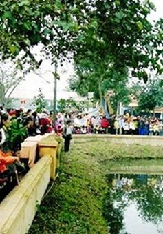 Độc đáo chợ đình Bích La - Quảng Trị
