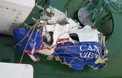 Hình ảnh những mảnh vỡ máy bay CASA tìm thấy trên biển Bạch Long Vĩ