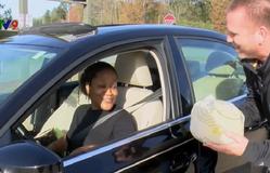 Mỹ: Cảnh sát tặng gà tây cho người vi phạm giao thông trong Lễ Tạ ơn
