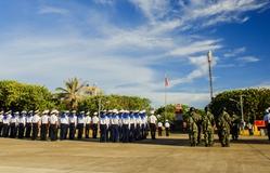 Trang nghiêm Lễ chào cờ trên đảo Trường Sa Lớn