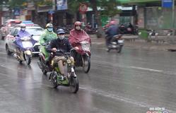 Cảnh báo mưa dông trên khu vực nội thành Hà Nội