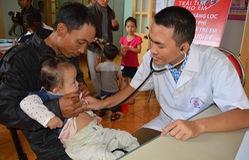 Khám sàng lọc bệnh tim bẩm sinh miễn phí cho trẻ em tại tỉnh Điện Biên