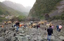 Hơn 100 người bị vùi lấp do lở núi ở Trung Quốc