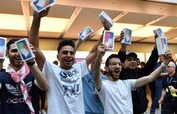 """Apple đang """"cười"""" vào tất cả các tính toán thông thường"""